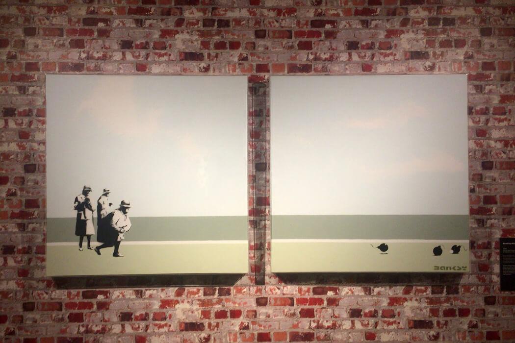 Banksy 'Bombing Middle England' キャンバス作品