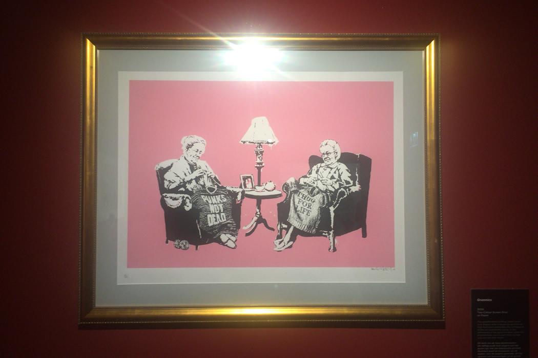 banksy-grannies