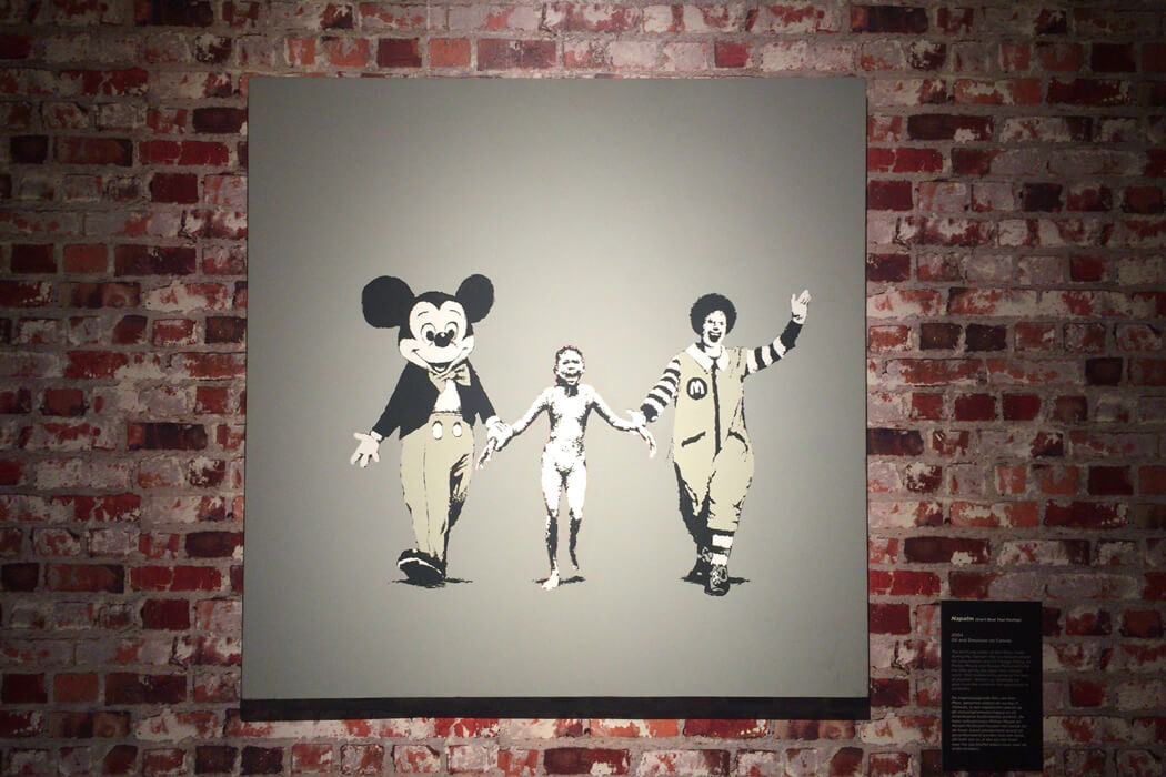 Banksy 'Napalm' -キャンバス