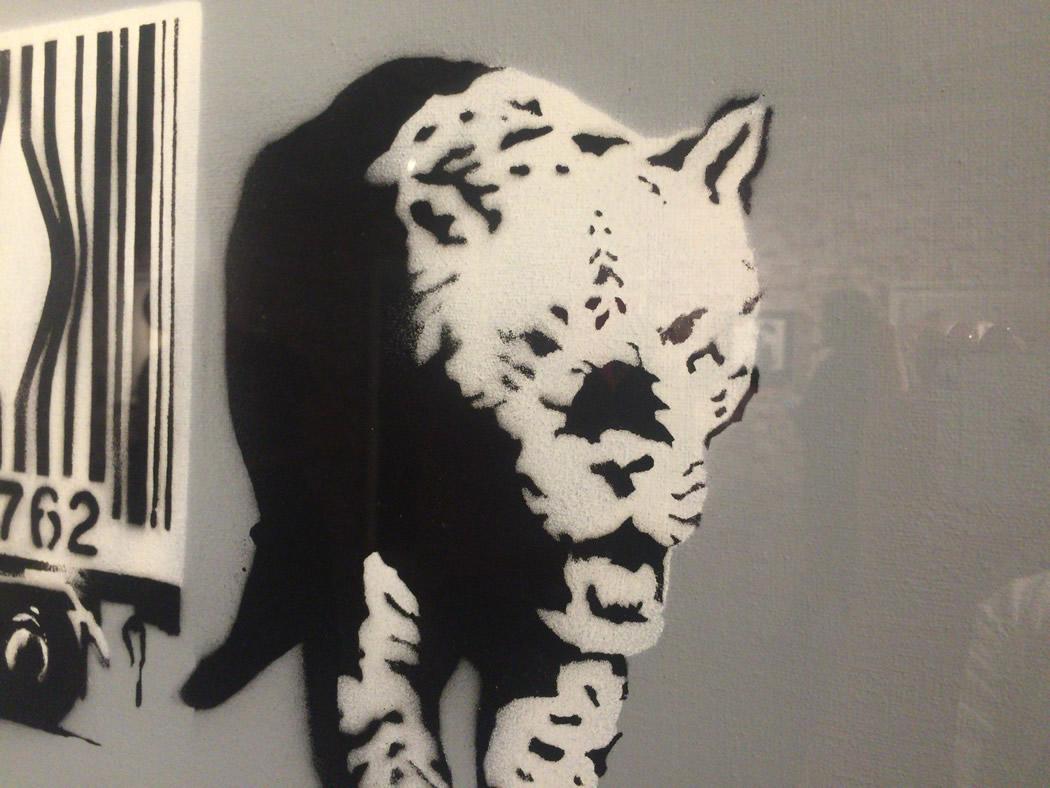 バンクシー(Banksy)-Barcode Leopard