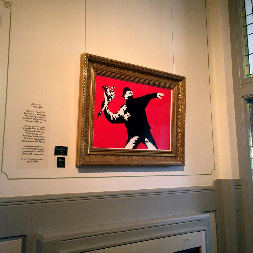 Banksy 'Love is in the air' Moco