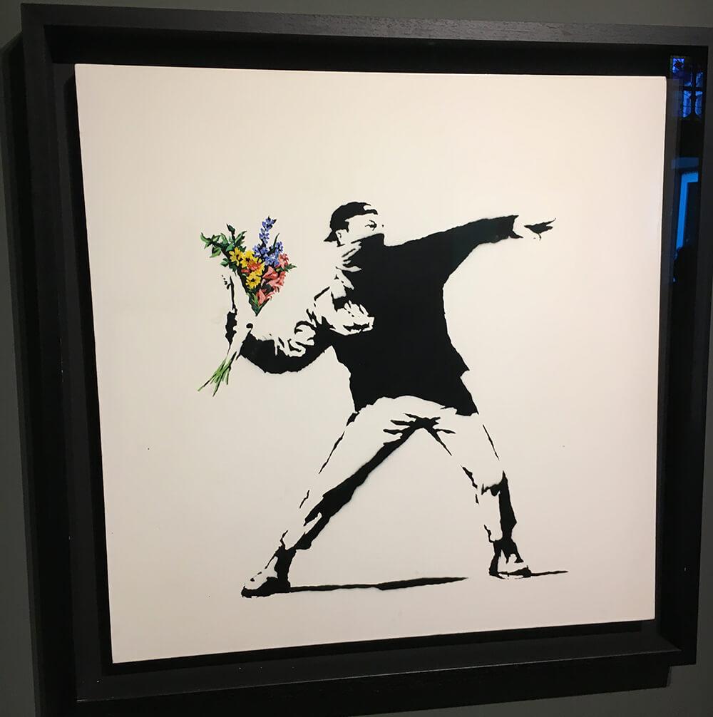 Banksy : Love is in the air