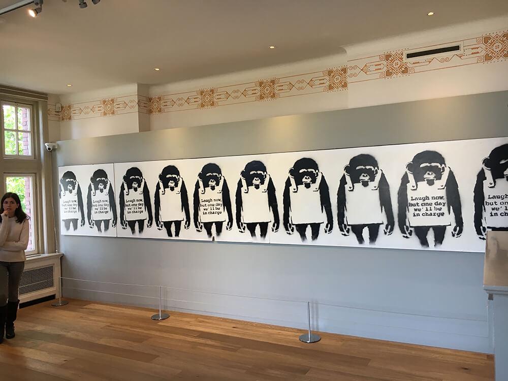 Banksy, Ten Monkeys